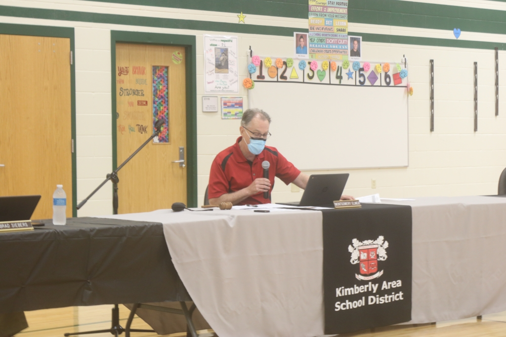 The Kimberly Area School District Board of education voted unanimously to keep the district's mask mandate through the end of the school...