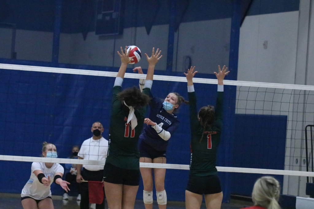 Before losing to Xavier in a Division 2 regional semifinal on Thursday night, the Little Chute volleyball team played its best game of the season to...