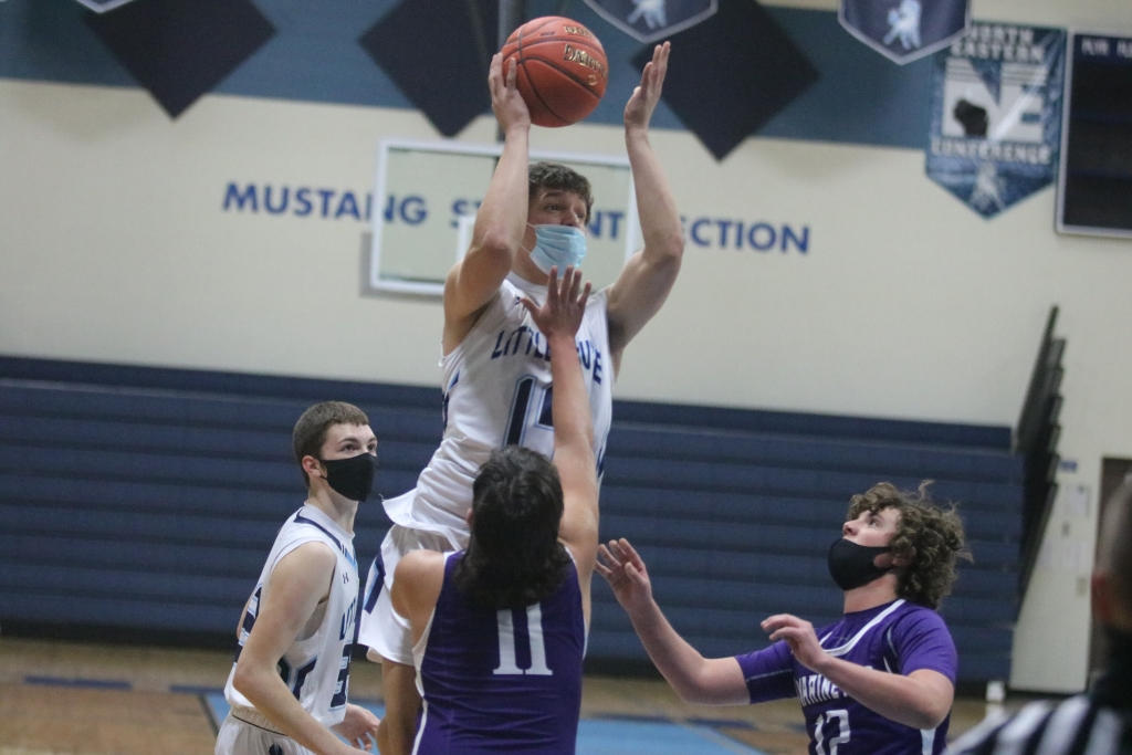 The Little Chute boys got off to a quick start last week, beating Marinette on the road 70-51 on Tuesday and then built upon that with a 51-26 home...